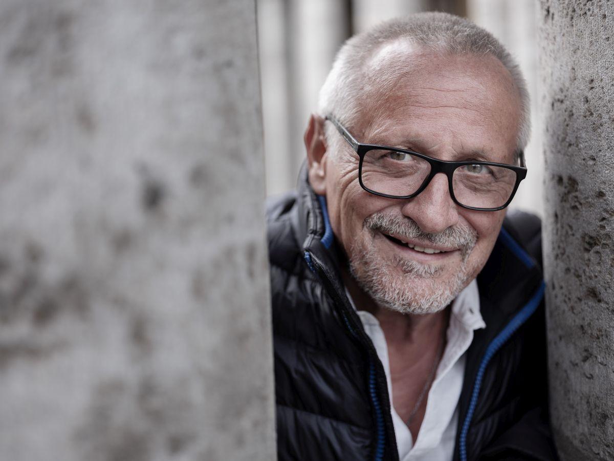 Konstantin Wecker: Lieder, die die Welt umarmen